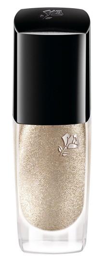 lancome-nail-polish-nouveau-gold-e1455743714681.jpg