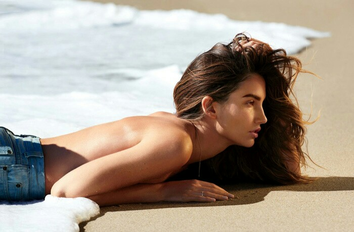 lily-aldridge-gilles-bensimon-maxim-april-2015-6_1459446224990.jpg