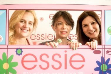 Essie@Cure-481